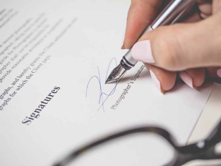 Sign business contract