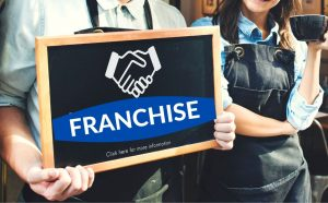 Buying a franchise, advantages and disadvantages fro buying a franchise, what to know when buying a franchise?
